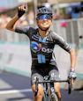 Coryn Rivera - Giro Rosa 2021: Rivera outsprints Deignan, Van der Breggen seals GC triumph
