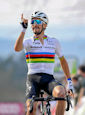 Julian Alaphilippe fleche - La Flèche Wallonne 2021: Alaphilippe outperforms Roglic at Wall of Huy