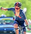 Richard Carapaz suisse - Tour de Suisse 2021: Carapaz outsprints Fuglsang to take race lead
